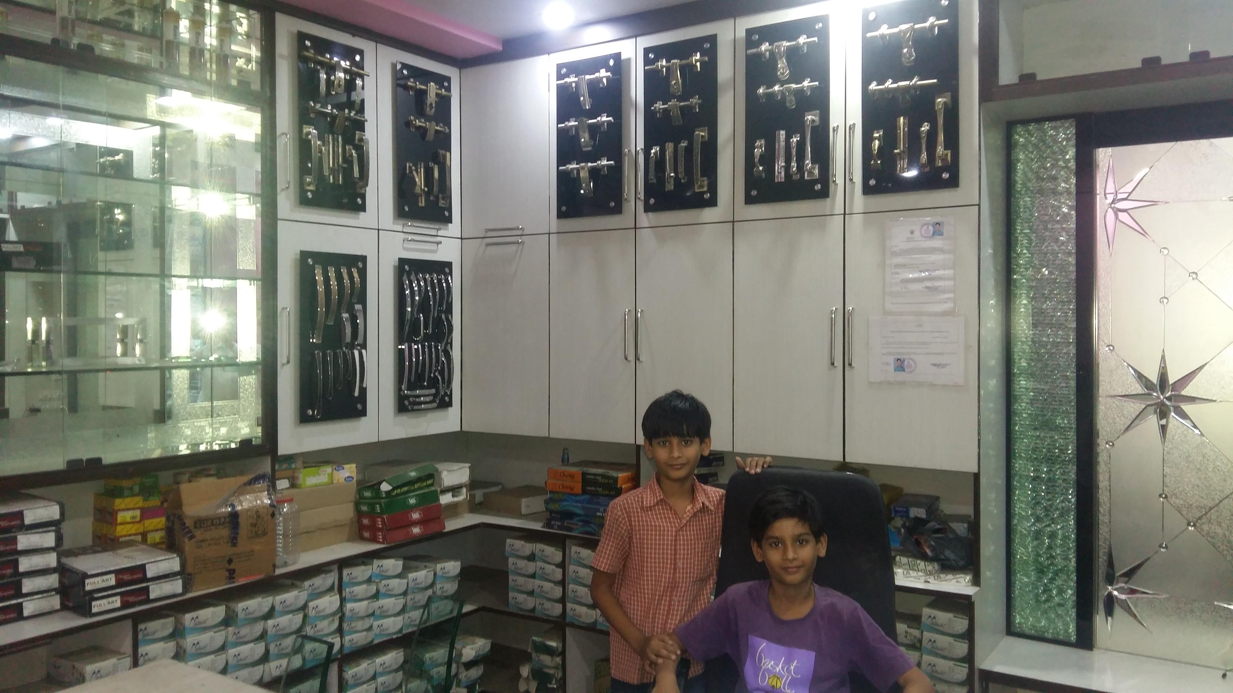 Bombay Glass, Hardware & Plywood