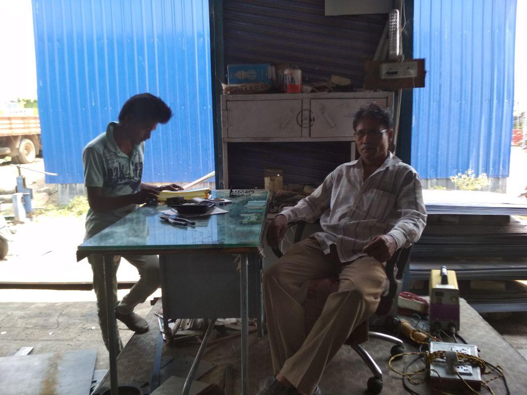 Khalandar Furniture Works